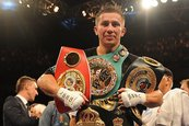 Golovkin y Jacobs firman combate