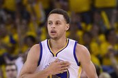 Warriors y Curry aguantan a Pelicans