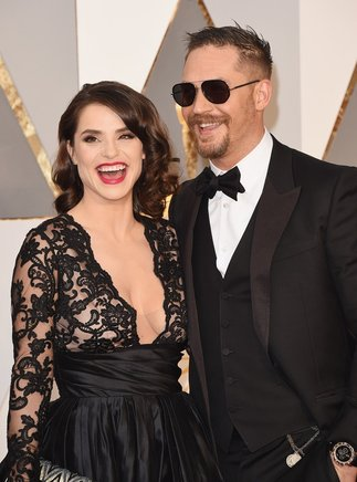 Tom Hardy y Charlotte Riley.