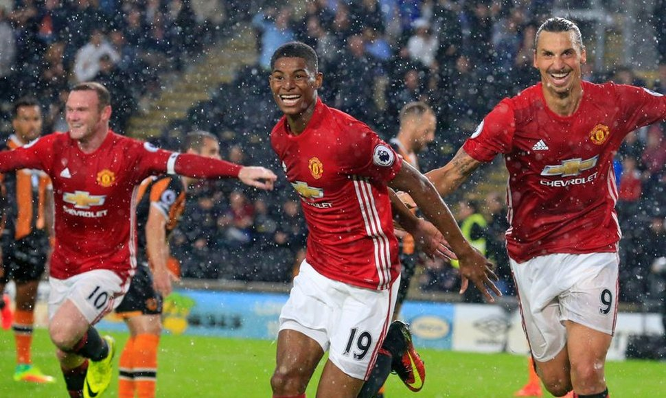 Marcus Rashford  fulminó al Hull City.