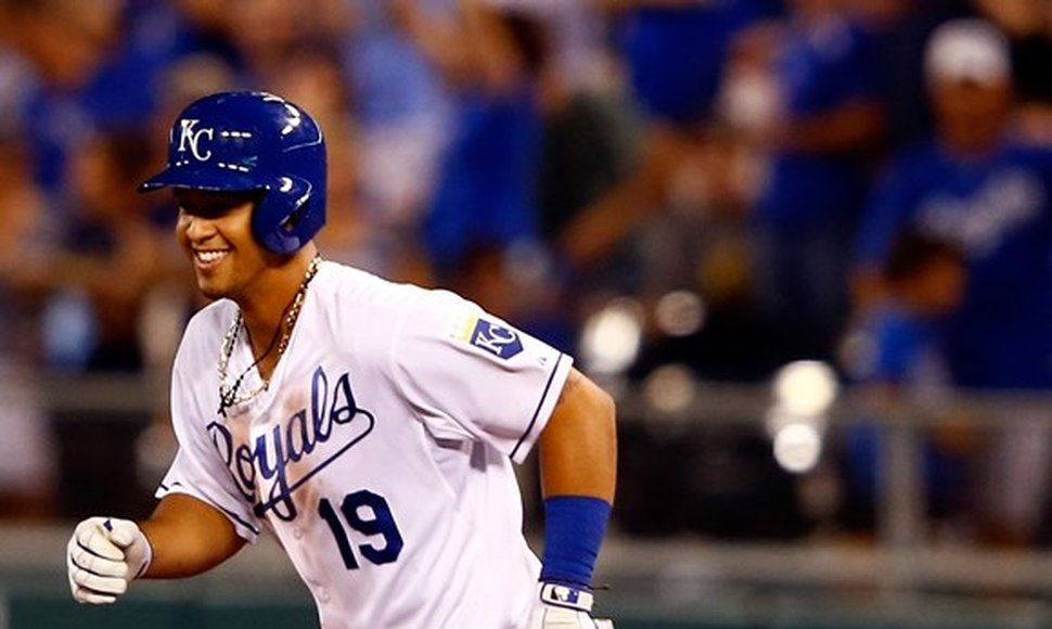 Cheslor Cuthbert, tercera base de los Reales de Kansas City.