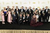 """Games of Thrones"" alcanzó la gloria en los Emmy"