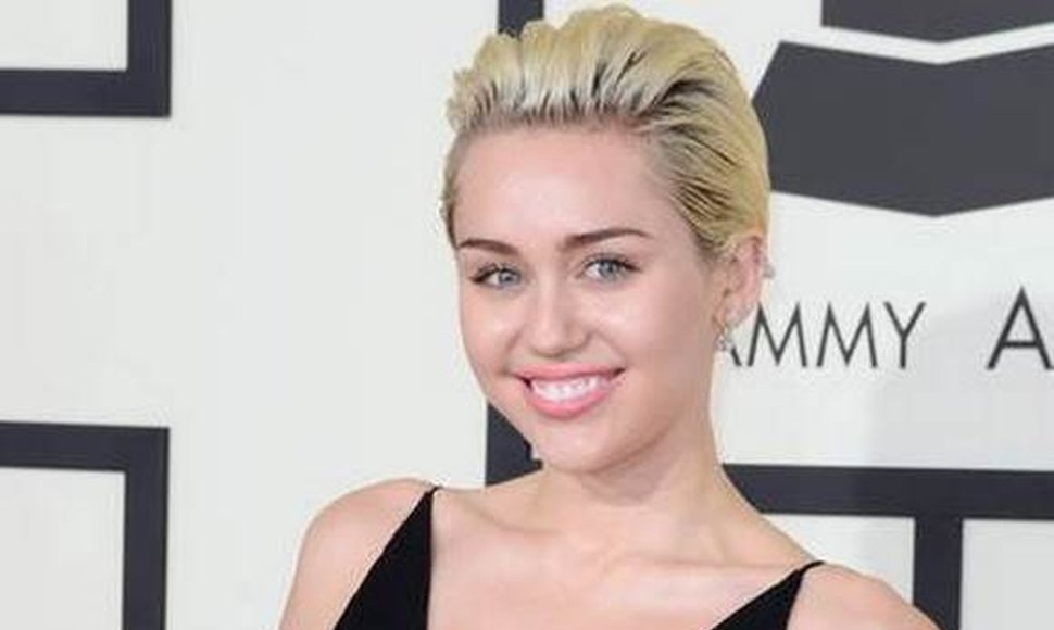 Miley Cyrus. INTERNET / END