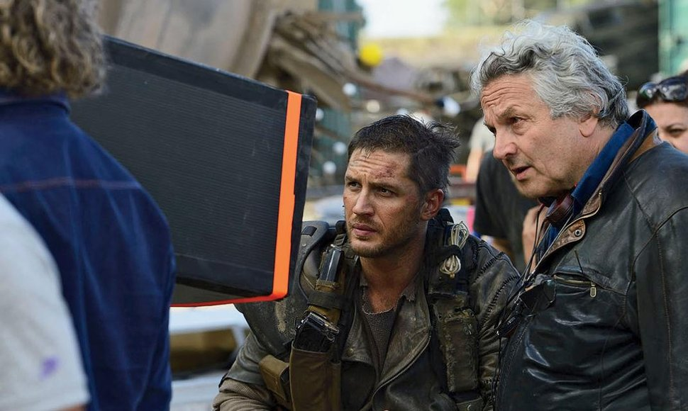 El director George Miller en el set de Mad Max-FuryRoad.