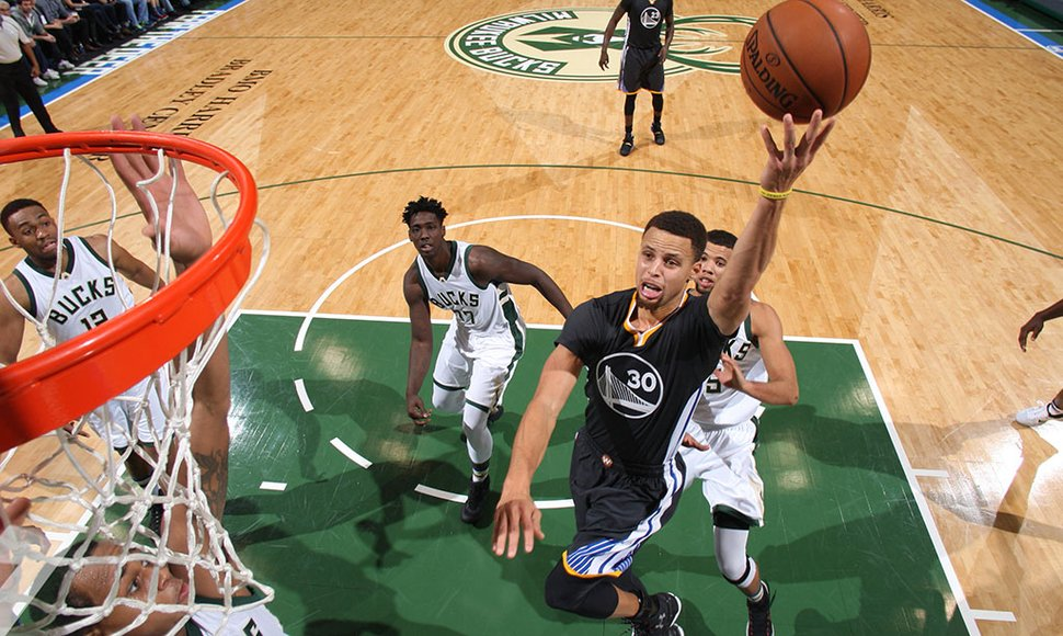 STEPHEN CURRY Y LOS WARRIORS PERSIGUEN OTRO RÉCORD.
