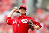 Gigantes capturan a Mike Leake