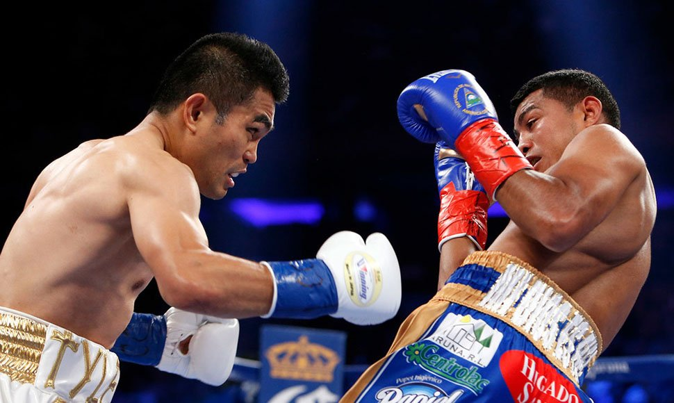 Brian Viloria dominó los primeros dos rounds. HBO / END