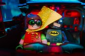 """Lego Batman"" supera a ""50 sombras"""