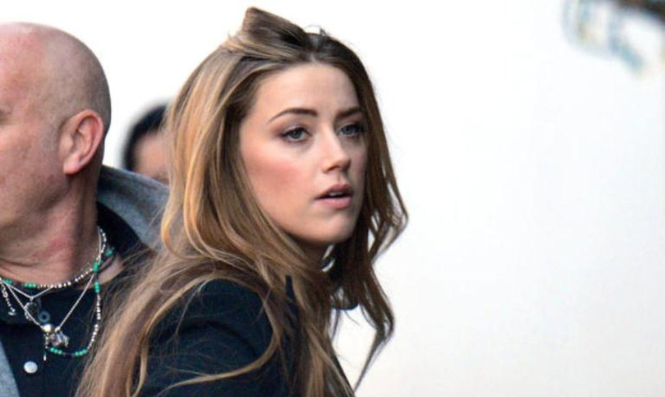 Amber Heard, esposa del actor Johnny Depp.