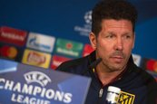 "Simeone dice que ""vamos a intentar llevar a nuestro terreno"" al Real Madrid"