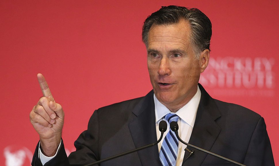 MITT ROMNEY, INTENTA FRENAR A TRUMP.