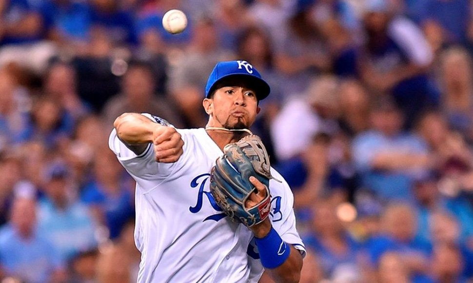 Cheslor Cuthbert juega con los Kansas City Royals.