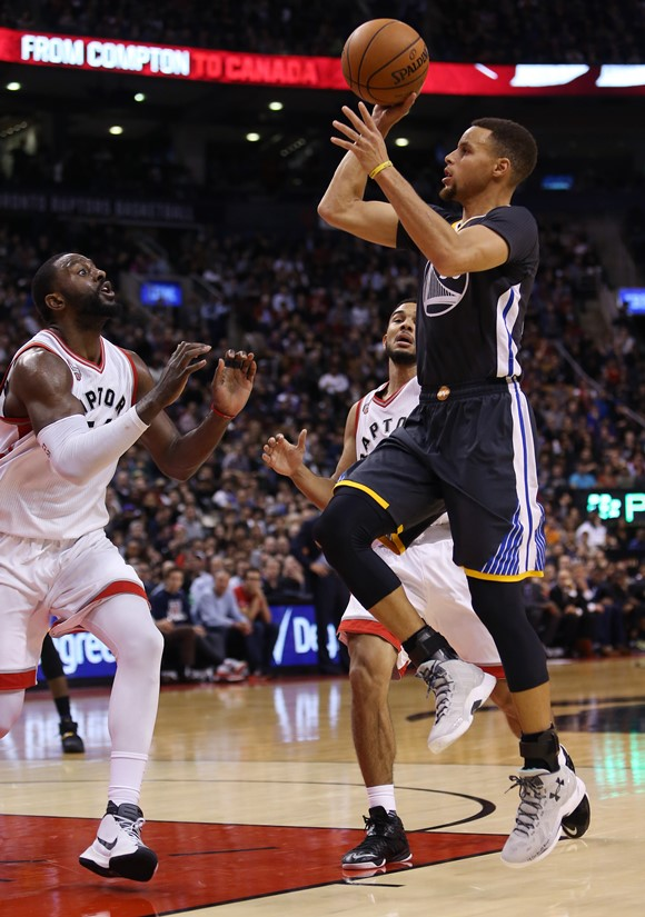 STEPHEN CURRY LIDERA LA OFENSIVA DE LOS GOLDEN STATE.