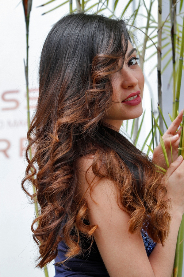 Cabello color caramelo degradado