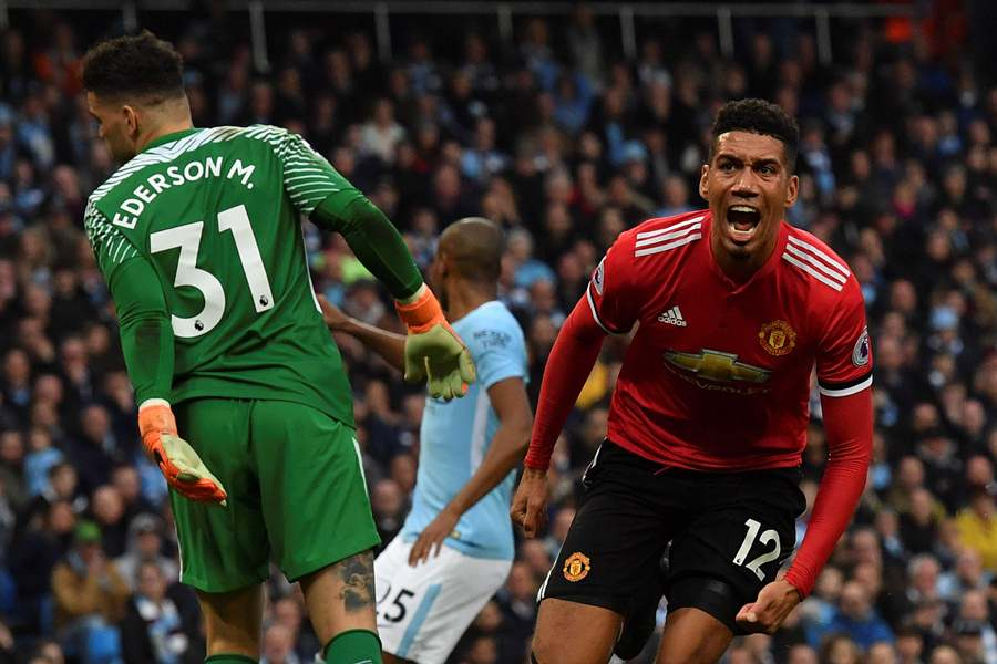 Chris Smalling (69) anotó el gol de la victoria para el United. Foto: AFP/END