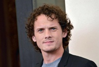 Actor de 'Star Trek' Anton Yelchin muere en un accidente de tráfico