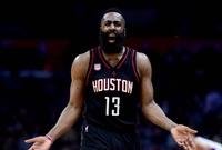 Los Rockets no comentan sobre incidente de Harden en club nocturno