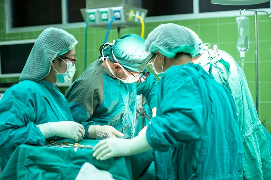In Mexico, there are few specialized centers to perform this type of operation.