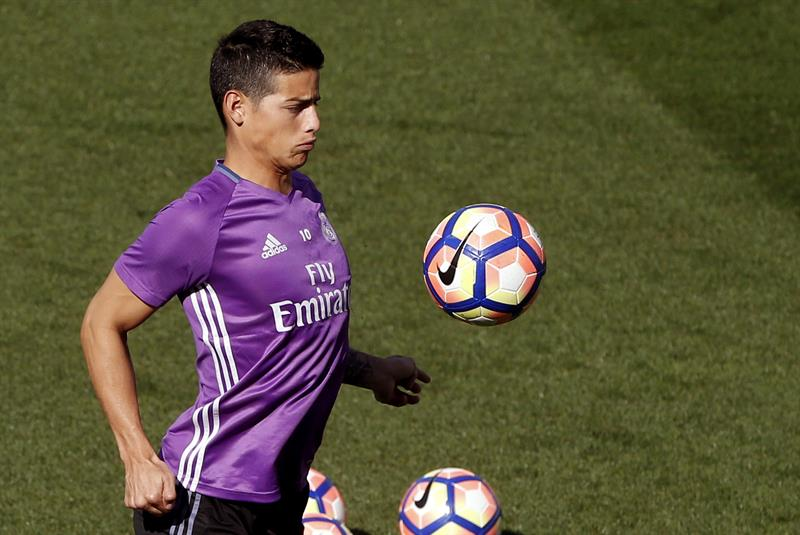 James se mantiene en un once al que regresan Cristiano y Bale