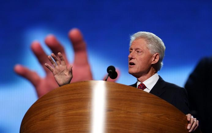 El expresidente estadounidense Bill Clinton habla en la convención del partido Demócrata en el Time Warner Cable Arena de Charlotte, Carolina del Norte (EU). END/AFP/Chip Somodevilla/Getty Images