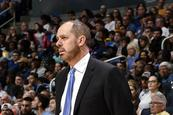 Los Magic despiden al entrenador Frank Vogel