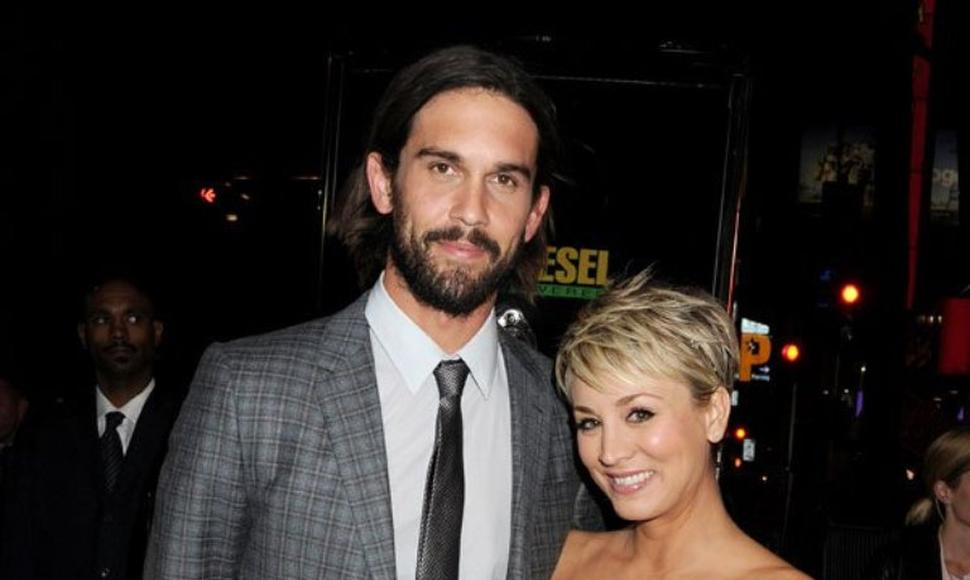 Ryan Sweeting Y Kaley Cuoco.