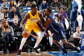 Randle define triunfo de Lakers