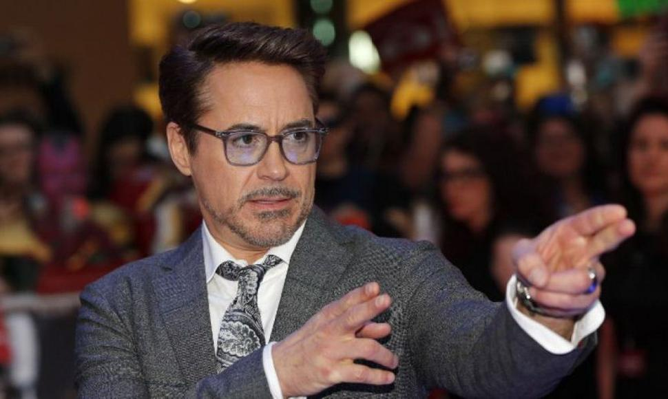 Robert Downey junior.