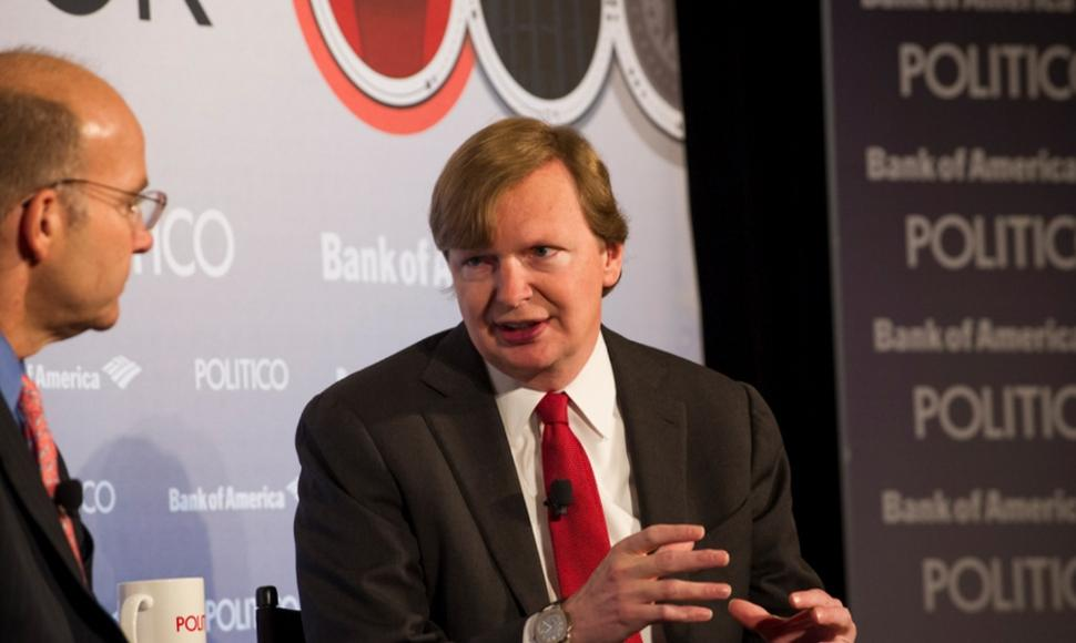 Jim Messina (DERECHA).