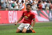 Alexis encumbra al United