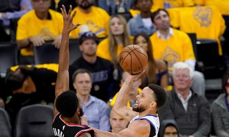 Stephen Curry, imparable con los Warriors.