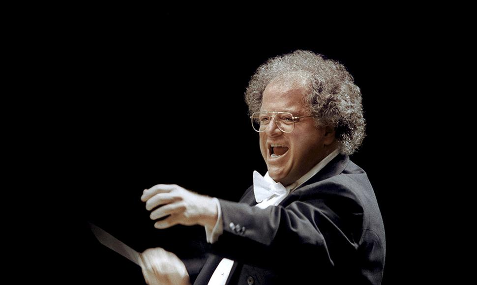 James Levine, exdirector de la ópera,