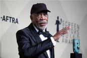 Morgan Freeman exige a CNN retractarse de acusaciones de acoso sexual
