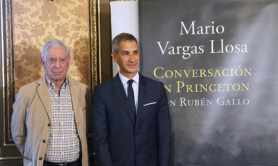 Mario Vargas Llosa ganó el premio Nobel de literatura en 2010.