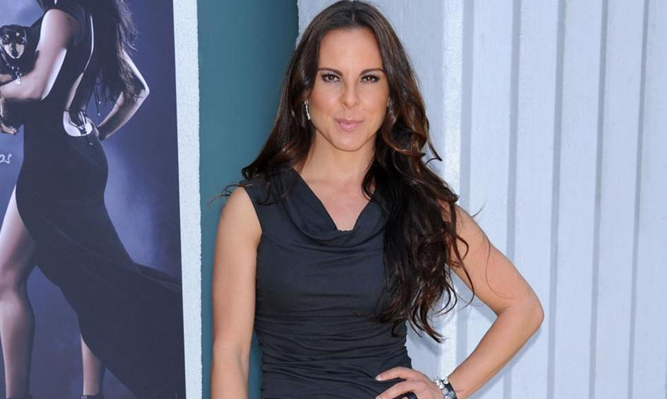 Kate Del Castillo. INTERNET / END