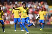 Neymar regresa con brillo