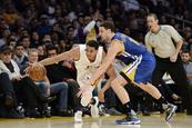 Lakers sorprenden a Warriors