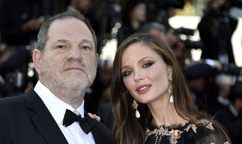 Harvey Weinstein y su esposa.