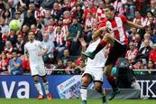 Athletic vence 3-1 al Valencia y sale de puestos de descenso