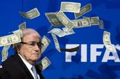 "Despojan a Blatter de ""honoris causa"""